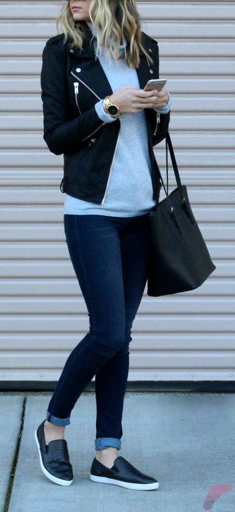 Black leather jacket outfit 29