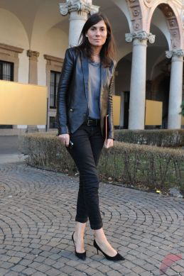 Black leather jacket outfit 42