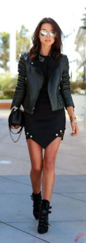 Black leather jacket outfit 7