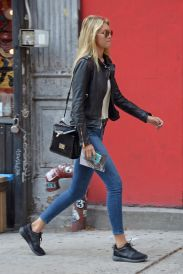 Gigi hadid sneakers outfit on the street 12