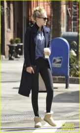 Gigi hadid sneakers outfit on the street 24
