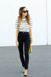 High waisted jeans outfit style 126