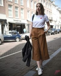 Minimalist style clothing for summer 9
