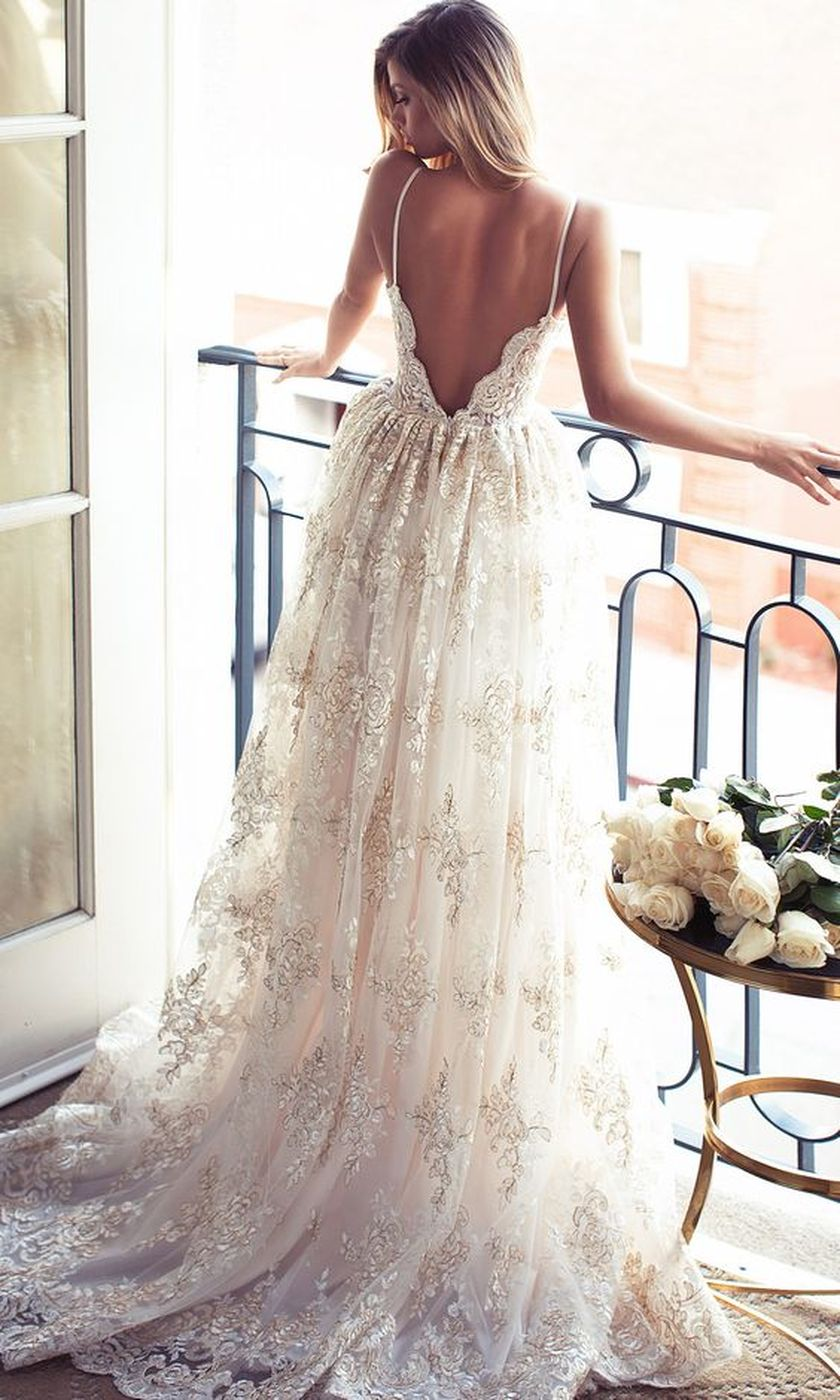 Open back vintage lace wedding dress 1