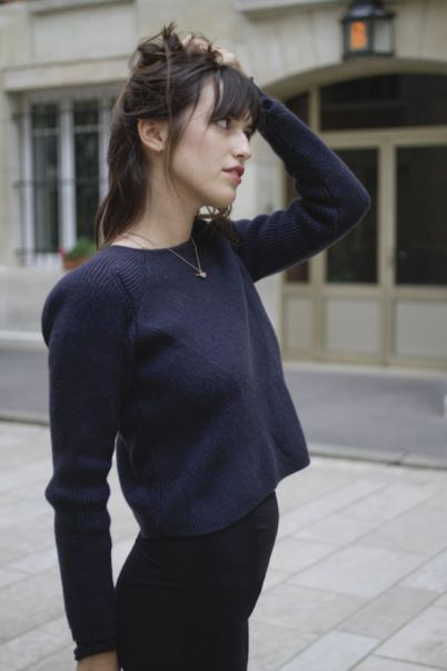 Simple casual french style outfits 39
