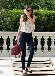 Simple casual french style outfits 70