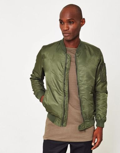 Top best model men bomber jacket outfit 14