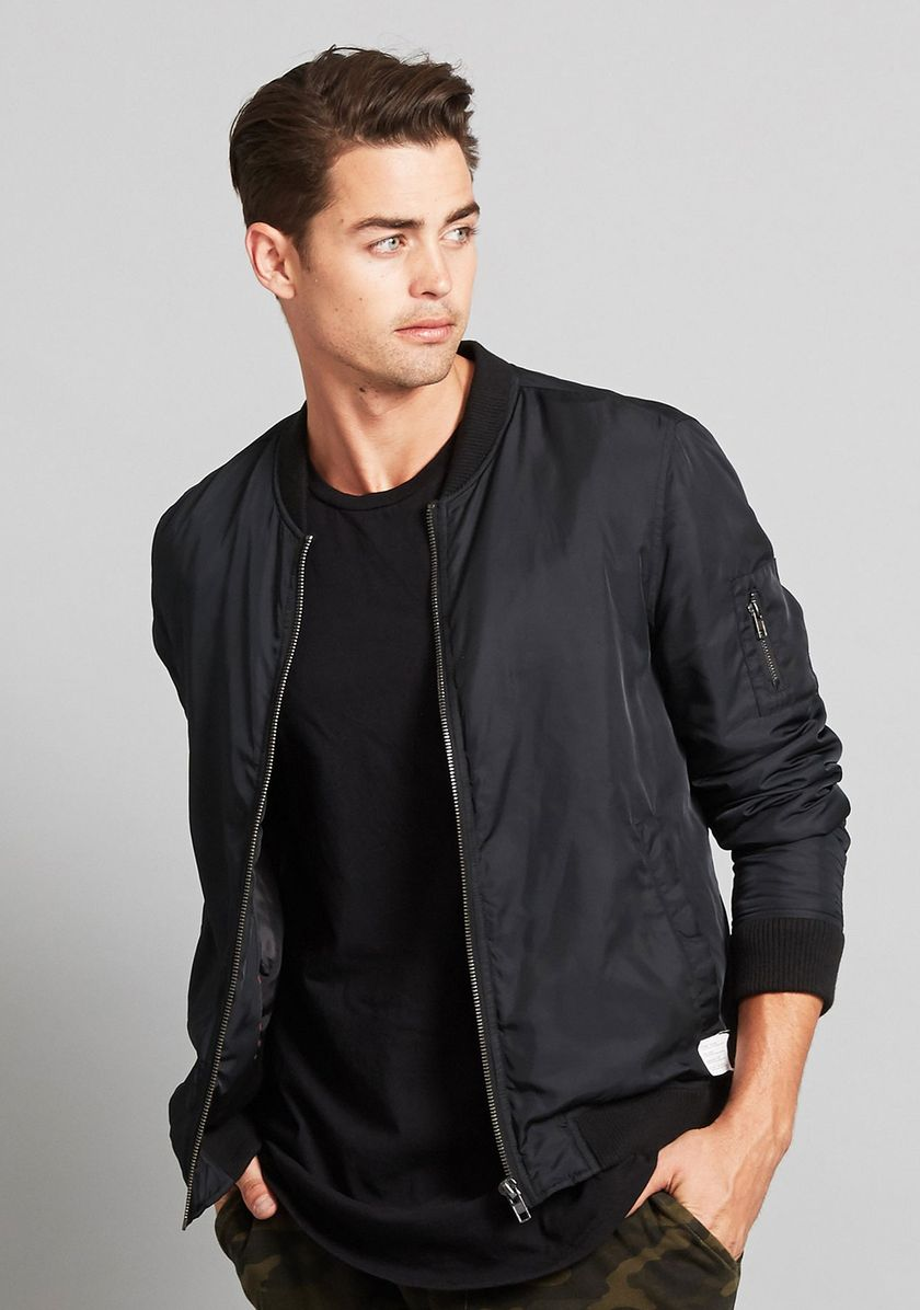 Top best model men bomber jacket outfit 8
