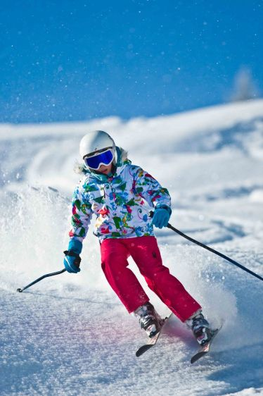 Adorable skiing outfit for your lovely kids 16