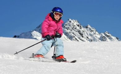 Adorable skiing outfit for your lovely kids 25