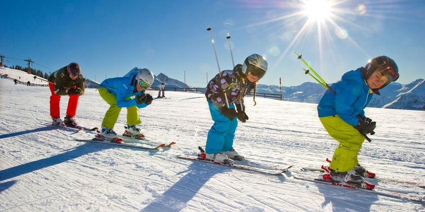 Adorable skiing outfit for your lovely kids 30