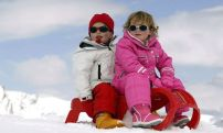 Adorable skiing outfit for your lovely kids 39