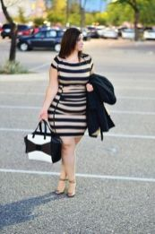 Amazing plus size striped dress outfits ideas 11