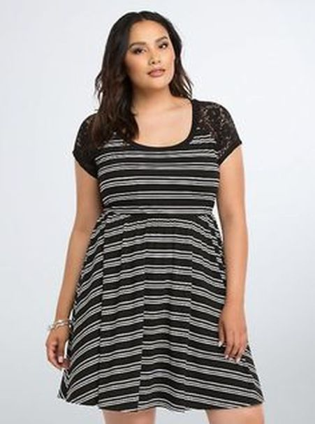 Amazing plus size striped dress outfits ideas 51