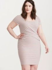 Amazing plus size striped dress outfits ideas 87