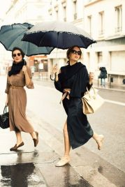 Awesome rainy day outfit style 22