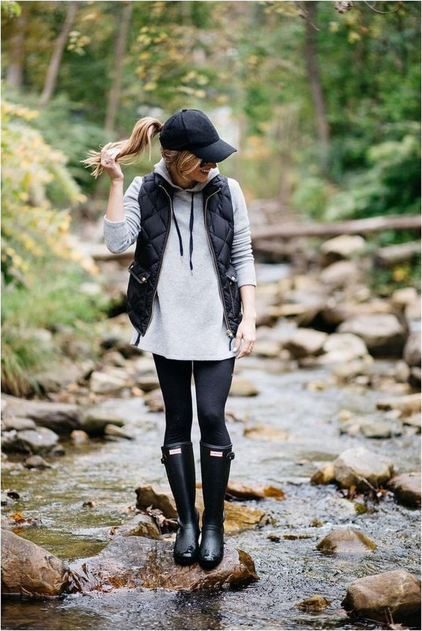 Awesome rainy day outfit style 25