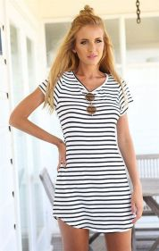 Casual black white striped midi dress outfit 38
