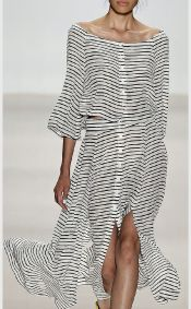 Casual black white striped midi dress outfit 44