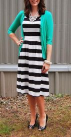 Casual black white striped midi dress outfit 50