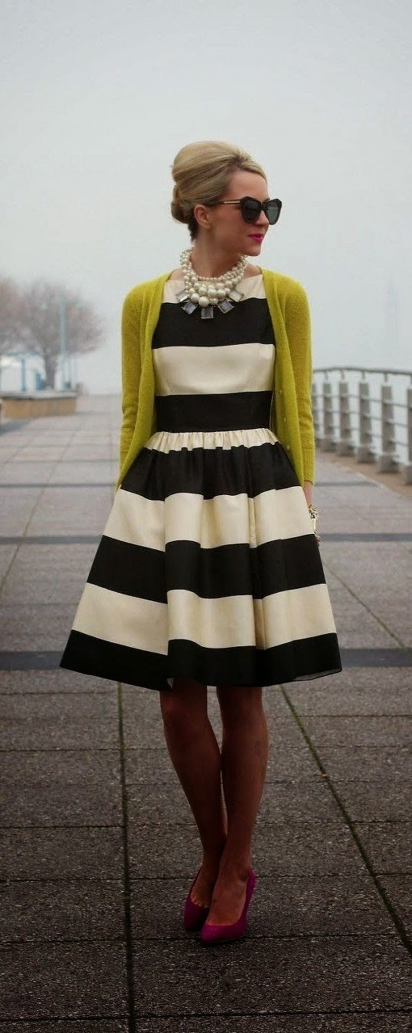 Casual black white striped midi dress outfit 55