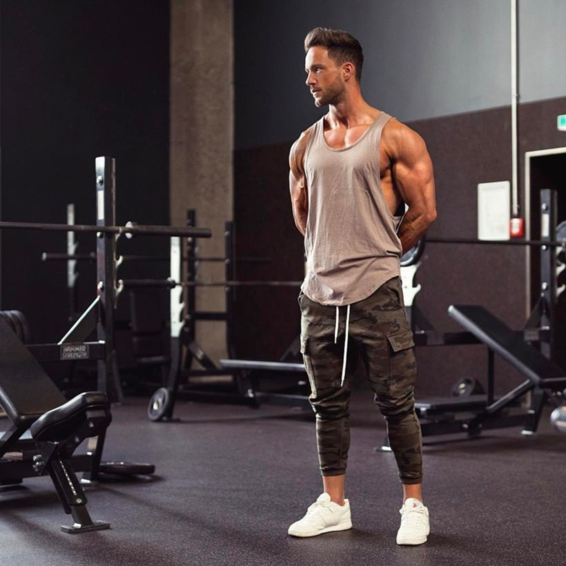Cool mens gym and workout outfits style 26