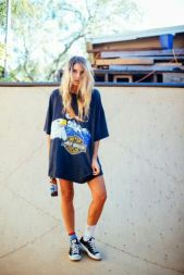 Cute oversized t shirt outfit styles 1