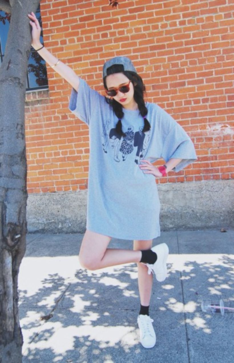 Cute oversized t shirt outfit styles 24