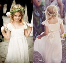 Gorgeous flower girl lace dresses ideas 10