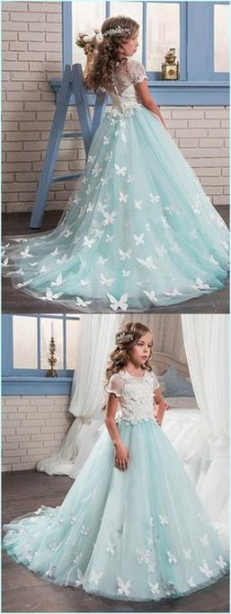 Gorgeous flower girl lace dresses ideas 13