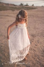 Gorgeous flower girl lace dresses ideas 21