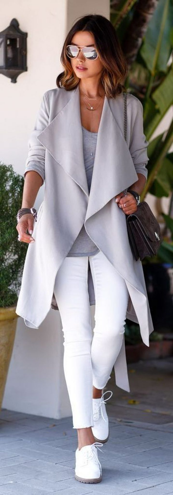 How to wear white sneaker for spring outfits 105