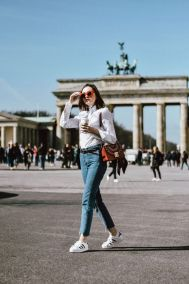 How to wear white sneaker for spring outfits 127