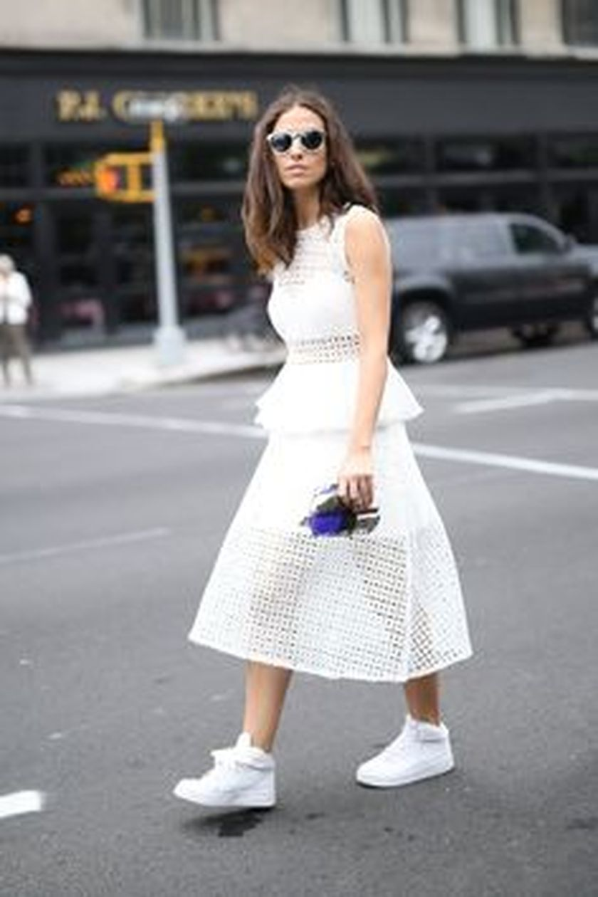 How to wear white sneaker for spring outfits 132