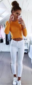 How to wear white sneaker for spring outfits 21