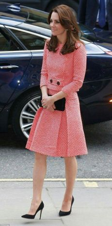 Kate middleton casual style outfit 21