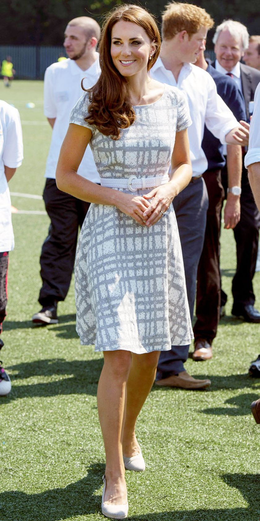Kate middleton casual style outfit 59