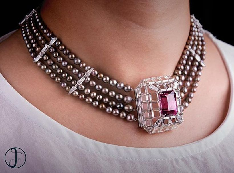 Magnificent burmese ruby and diamond necklace 35