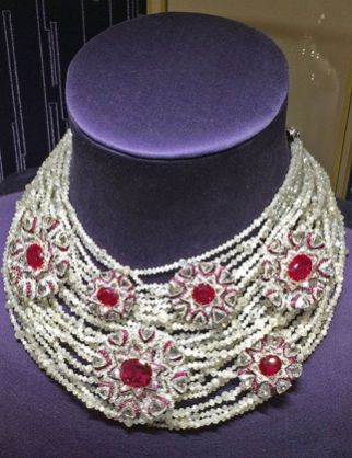 Magnificent burmese ruby and diamond necklace 36