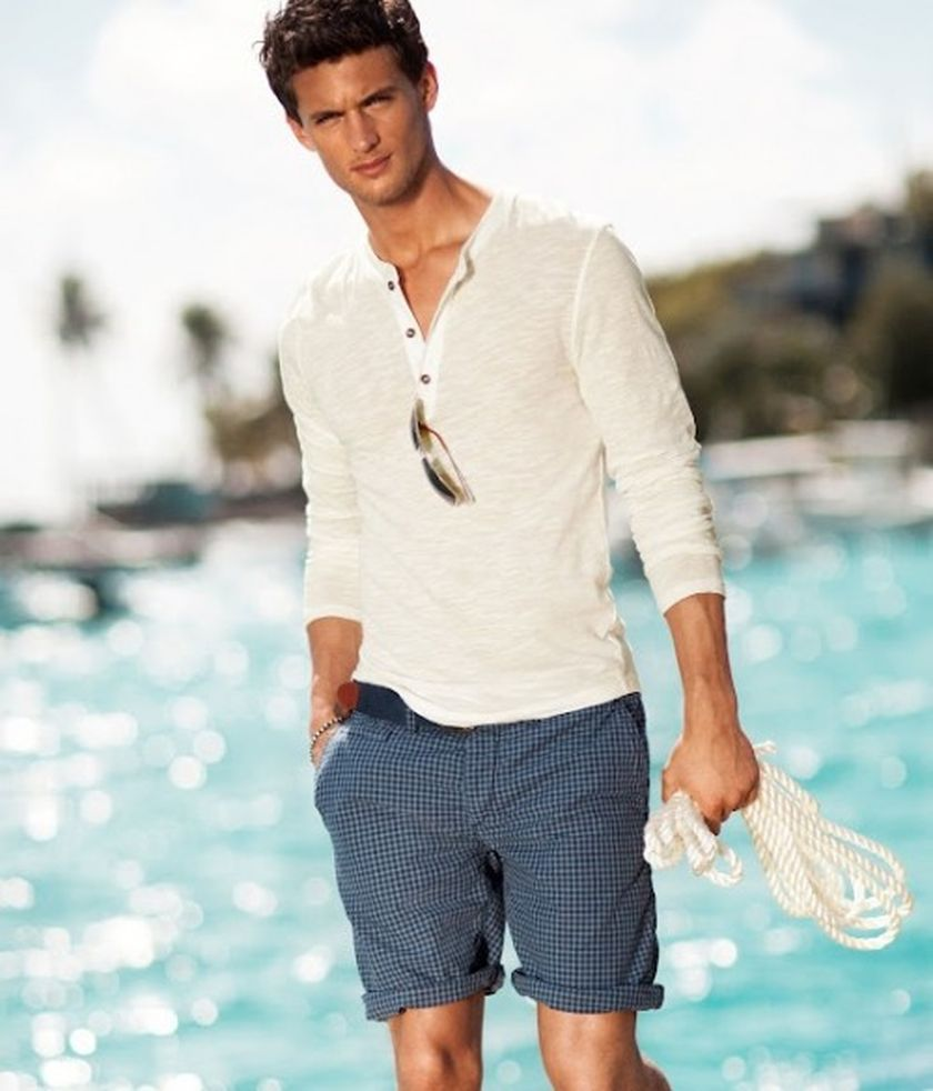 Mens fashions should wear while on the beach 26