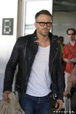 Ryan reynolds casual outfit style 21