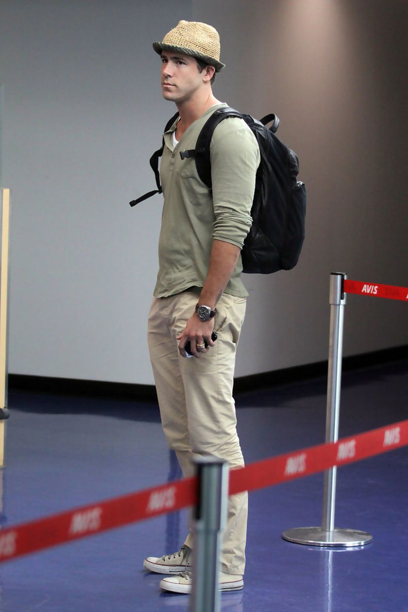 Ryan reynolds casual outfit style 48