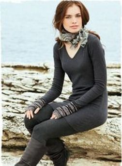 Sexy soft v neck tees women outfit style 59
