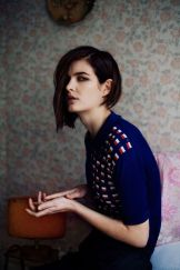 Short asymmetrical bobs hairstyle haircut 38