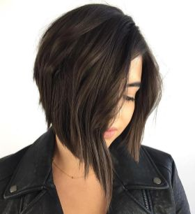 Short asymmetrical bobs hairstyle haircut 70
