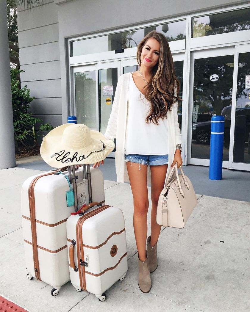 Summer Airplane Outfits Travel Style 15 - Fashion Best