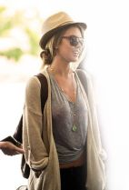 Summer airplane outfits travel style 25