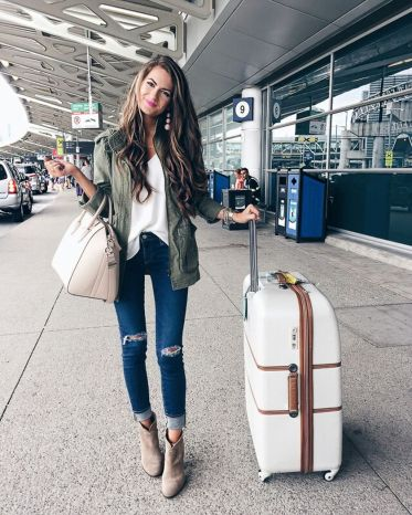 Summer airplane outfits travel style 53