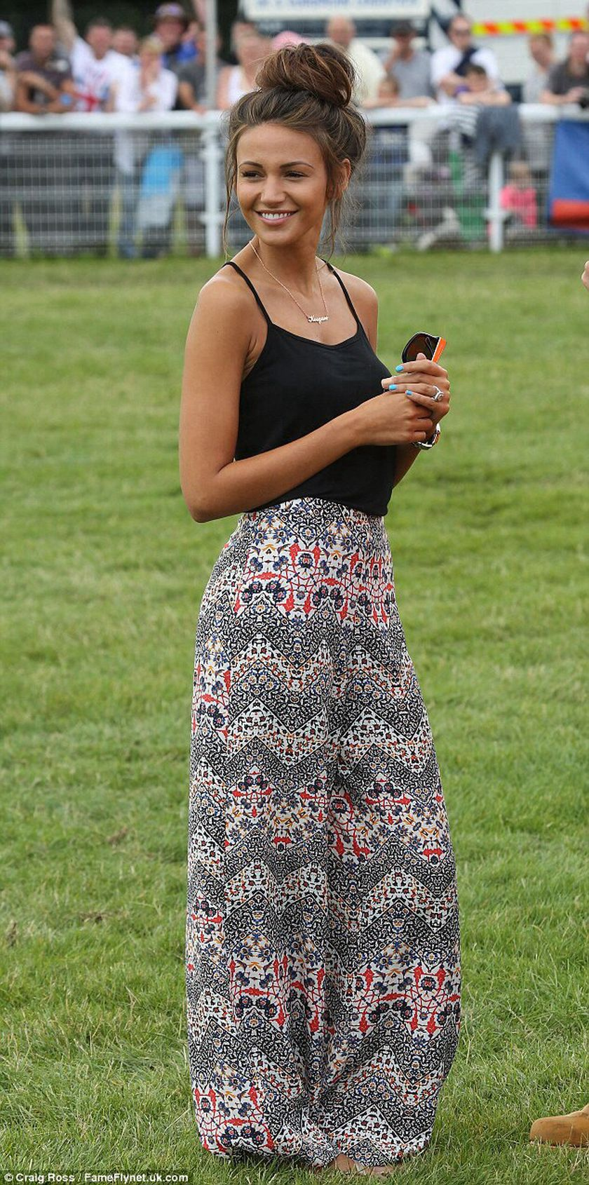 Summers casual maxi skirts ideas 5