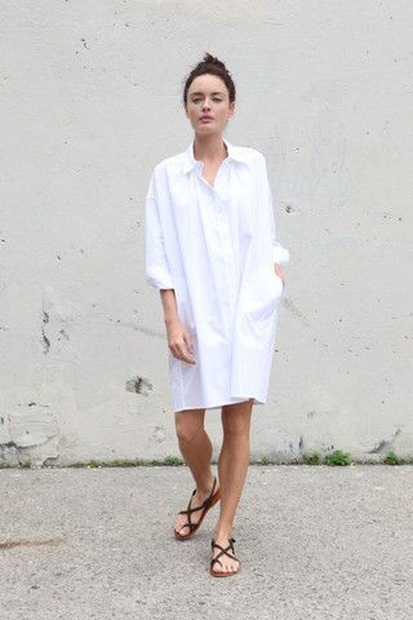 Awesome oversized white shirt outfit style ideas 16